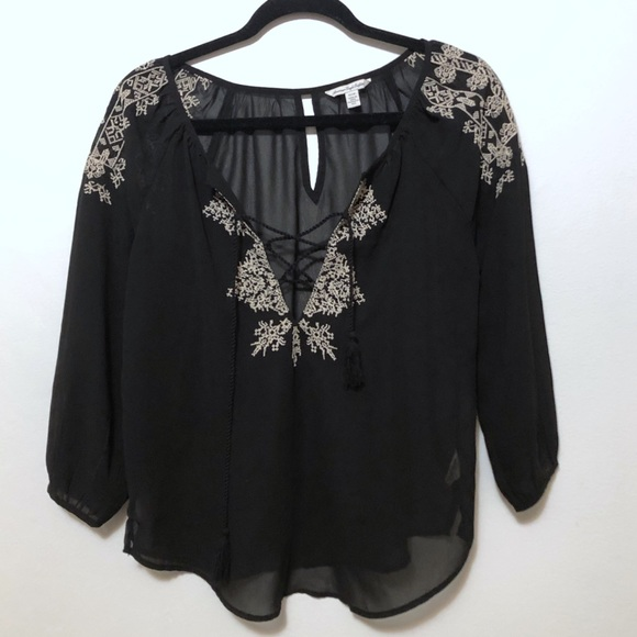 American Eagle Outfitters Tops - American Eagle sheer embroidered blouse